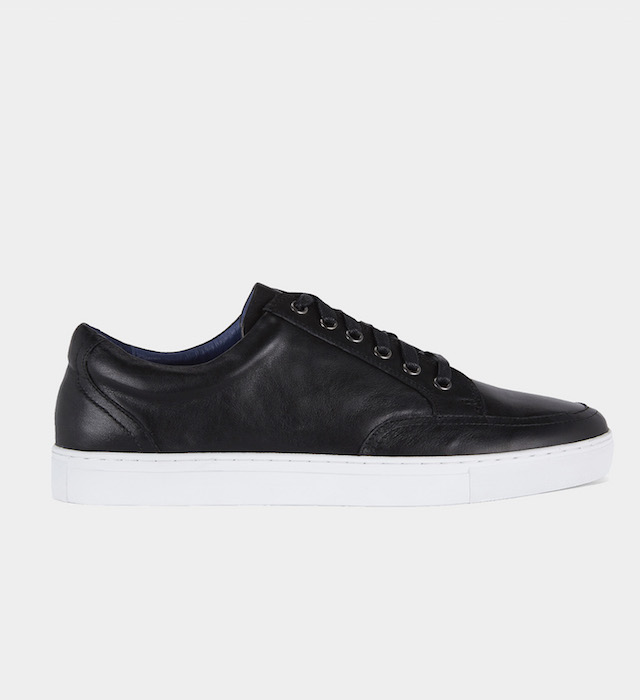 minimalist mens black sneaker
